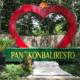 Herzförmiges Portal in Bali